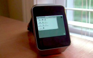 Macintosh-II-Android-Wear-Gear-Live