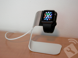 support-apple-watch-pas-cher-spigen-1